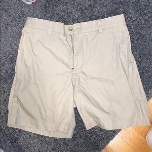 Vineyard Vines Tan Breaker Shorts